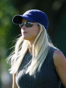 Helping Elin Nordegren with anything would be a good call by Not in HD's standards.