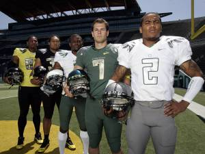 Oregon Ducks Uniforms
